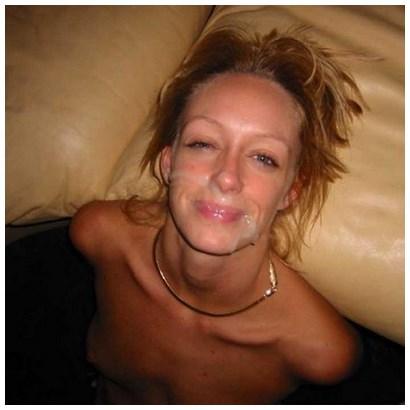 Jolie blonde recherche amant avec des éjaculations abondantes